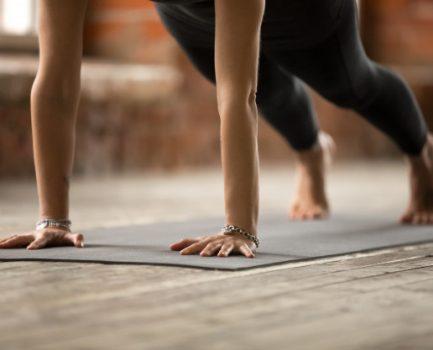 体幹と手脚をつなぐ基本的な動き
